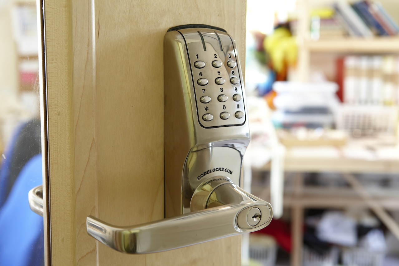keyless entry door locks which is best codelocks
